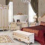 Set Kamar Mewah Klasik Modern