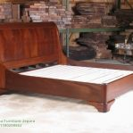 Tempat Tidur Minimalis Kayu Modern