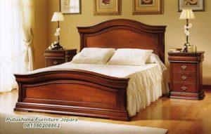 Tempat Tidur Jati Minimalis Klasik